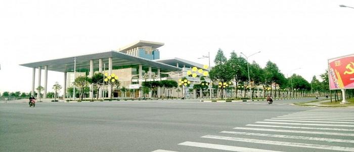 a-tb-1-ban-bat-dong-san-kie-1367511828_500x0